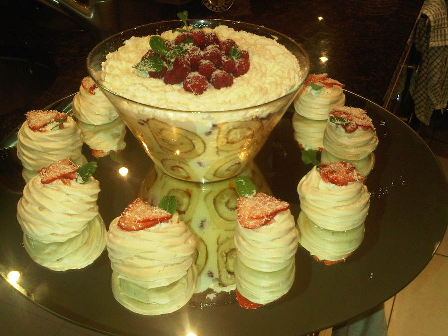 White chocolate & raspberry trifle with individual pavlovas