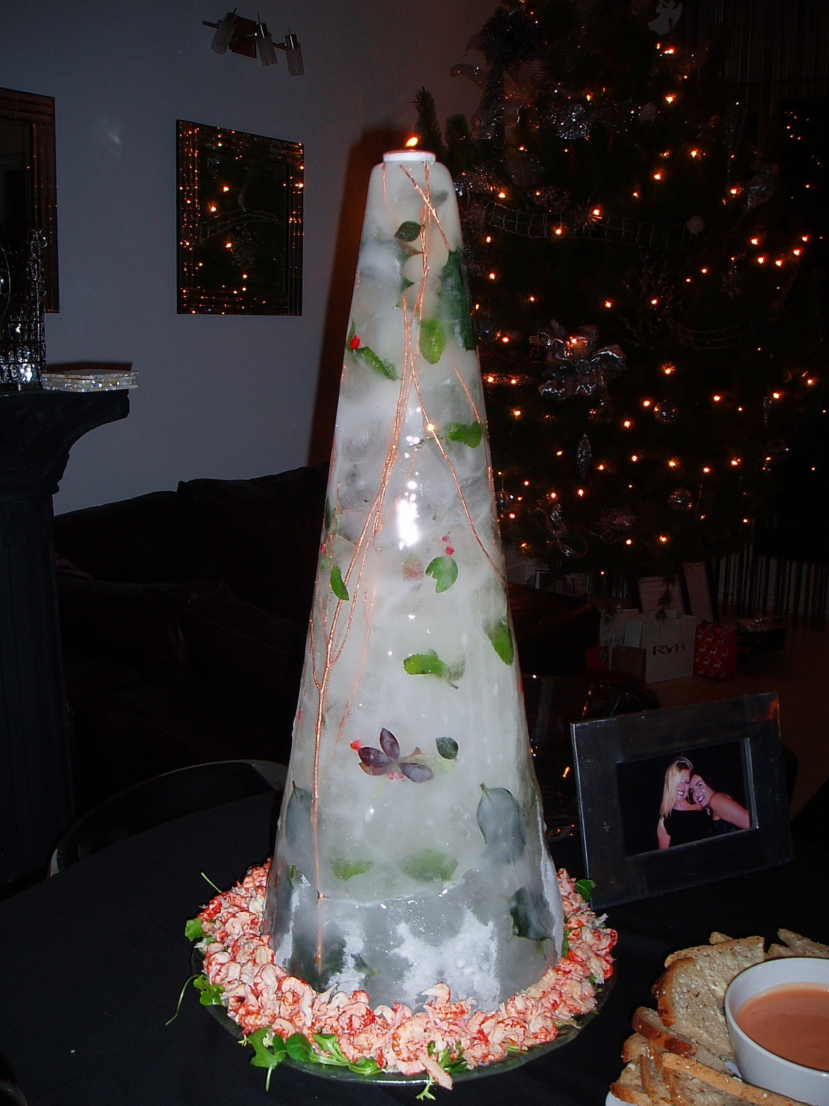 Christmas ice showpiece